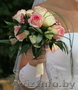 Свадебный букет,  бутоньерка,  поздравительные букеты.